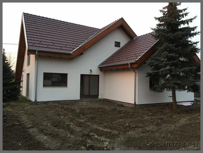 Szegedi családi ház építése